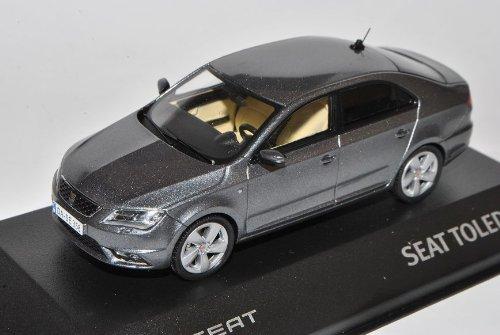 Seat Toledo Grau Limousine Ab 2012 1/43 Modellcarsonline Modell Auto mit individiuellem Wunschkennzeichen
