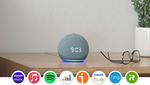 Nuevo Echo Dot (4.ª generación) con reloj, Azul grisáceo + Amazon Smart Plug (enchufe inteligente WiFi), compatible con Alexa