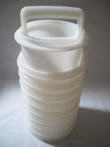 Tupperware Hamburger Press Freezer Storage Container (7 Keepers, 1 Lid, 1 Press)