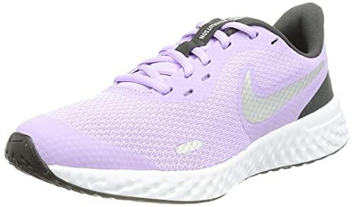 Nike Revolution 5, Zapatos de Tenis Unisex niños, Lilac Metallic Silver Dk Smoke Grey, 34 EU