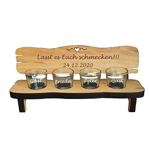 4er Schnapsbank aus Holz mit kostenloser Gravur + 4 Schnapsgläser - Gravur auf Holzbank & Gläser - mit Wunsch-Text graviert - personalisierte Geschenkidee