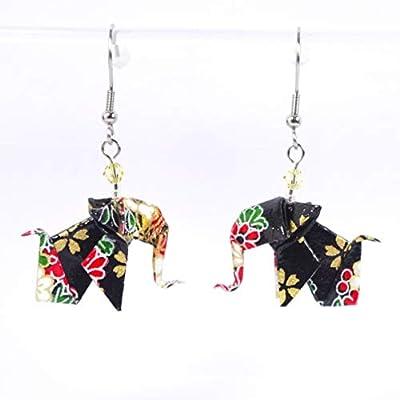 Boucles d'oreilles petits éléphants origamis fleurs sur fond noir