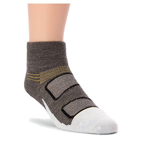 Feetures Elite Merino Ultra Light Quarter Sock Small GreyYellow
