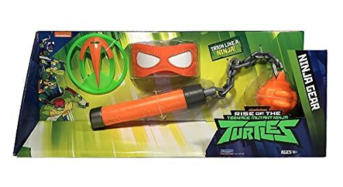 Dalla serie TV Un set di armature per travestirsi da vero Ninja La confezione include: arma, maschera e stelle Ninja Repliche fedeli delle armi usate dalle Tartarughe per sconfiggere i nuovi nemici Nuovi look e colori