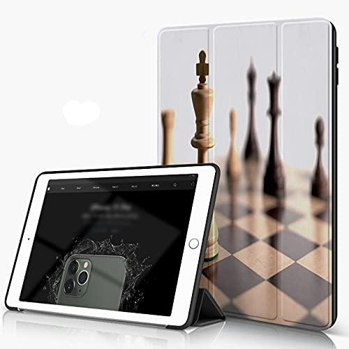 She Charm Funda para iPad 9.7 para iPad Pro 9.7 Pulgadas 2016,Piezas de ajedrez en Blanco,Incluye Soporte magnético y Funda para Dormir/Despertar