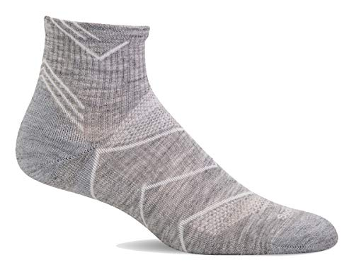 Sockwell Women's SW11W Incline Quarter Moderate Compression Sock, Lt. Grey Solid - S/M