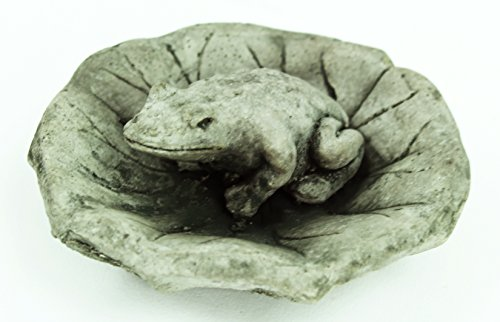 Frog on Lily Pad Garden Frog Concrete Garden Statue Cement Toad Figurine Cast Stone Figure Frogs Sculptures