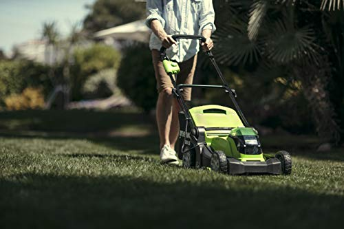 Greenworks Battery-Powered Lawnmower G40LM41 (Li-Ion 40V 41cm Cutting Width, Up To 600m², 2in1 Mulching & Mowing, 50 L Grass Catcher Bag, 5 x Cutting Height Adjustment Without Battery and Charger)