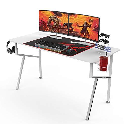 Marca Amazon – Umi Gaming Desk K55 Escritorio para PC K en forma de mesa de juegos, escritorio de computadora con alfombrilla de ratón gratis para el hogar y la oficina – 140 x 60 cm, color blanco