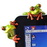 2 Pcs Funny Resin Frogs Decor, 3D Creative Craft Animal Frog Figurine Adorable Office Desk Toy Frog Gift Great for Computer Monitor Desk Decoration