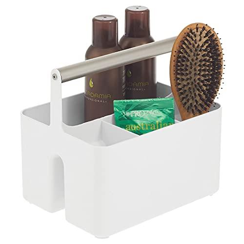 mDesign Caja organizadora para cuarto de baño – Práctica cesta con asa para el almacenamiento de cosméticos – Organizador de baño portátil con 4 compartimentos – blanco plateado mate
