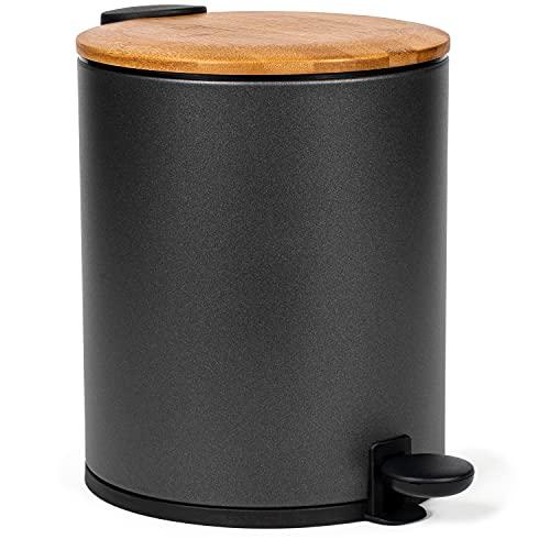 Kazai® Poubelle de salle de bain en bambou | Système d'abaissement automatique et antidérapant | 5 litres | Noir