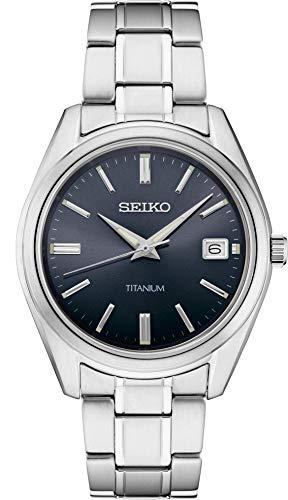 Seiko Reloj de hombre con esfera negra de titanio SUR373