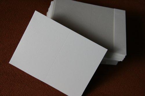 100 Stück weiße Passbildmappen von WEBAFI Foto Passbildmäppchen für Passbilder und Bewerbungsbilder Hülle für Passbild Passfoto