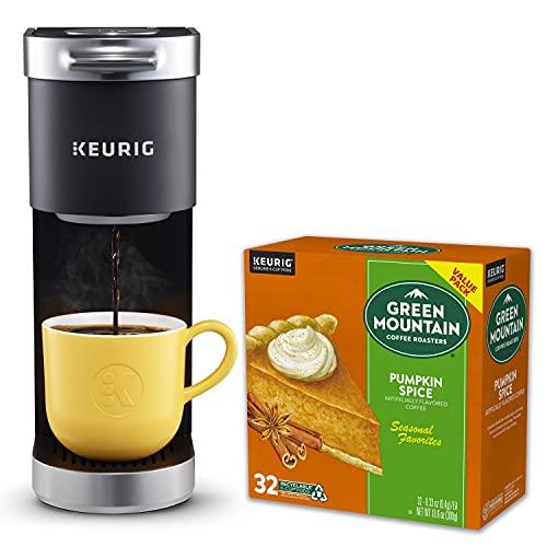 Keurig K-Mini Plus Coffee Maker with Green Mountain Coffee Roasters Pumpkin Spice Coffee Value Pack 32ct