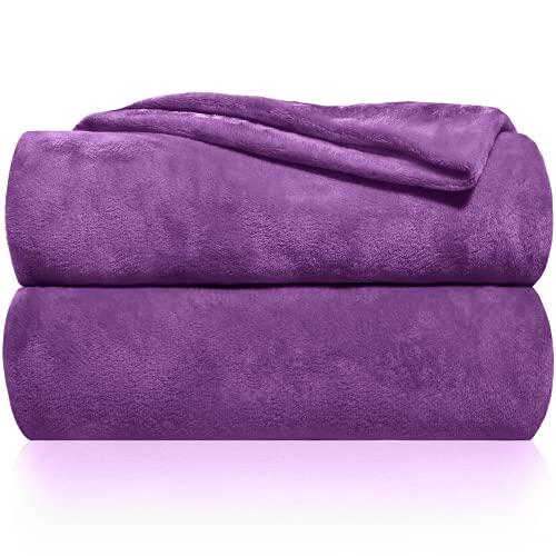Gräfenstayn® Kuscheldecke flauschig und super weich - hochwertige Fleecedecke auch als Wohndecke, Tagesdecke, Sofadecke und Wohnzimmer geeignet - Überwurf Decke Sofa und Couch (Lila, 200x150 cm)