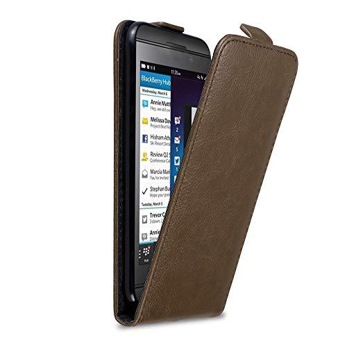 Cadorabo Hülle für BlackBerry Z10 in Kaffee BRAUN - Handyhülle im Flip Design mit Magnetverschluss - Hülle Cover Schutzhülle Etui Tasche Book Klapp Style