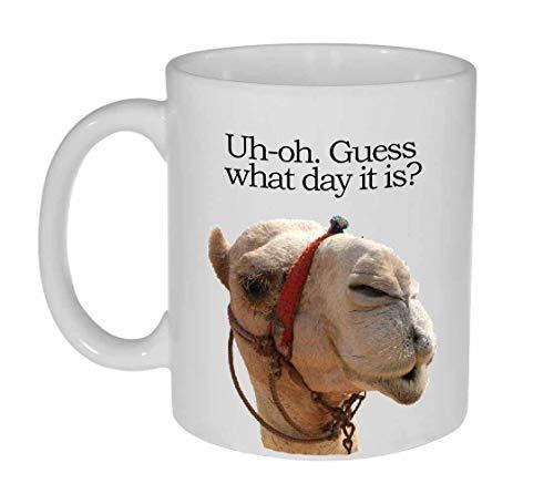 Taza de café o té con texto en inglés 'Guess What Day It Is Coffee or Tee' – Hump Day Funny Camel Coffee or Tea Mug – 12 oz