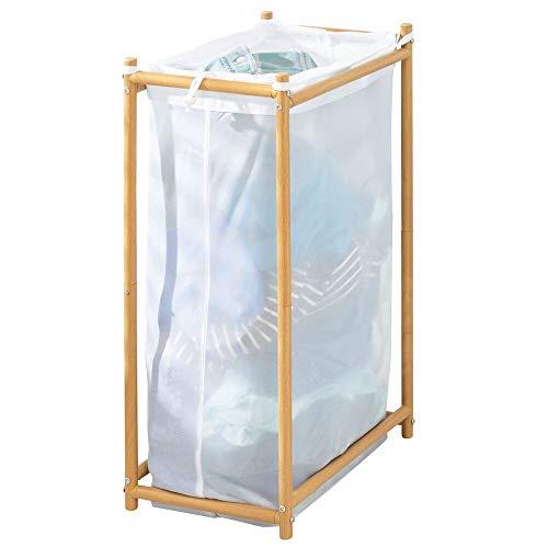 mDesign Cesto para ropa sucia para baño o lavadero – Bolsa para la colada de tejido de malla transpirable – Mueble de baño de madera de bambú para guardar ropa sucia y ahorrar espacio – blanco/natural