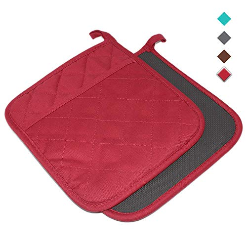 YEKOO Cotton and Neoprene Oven Pot Holder with Pocket 8'x8.5' Dual-Function Hot Pad Set for Finger Hand Wrist Protection Heat Resistant to 428°F Red