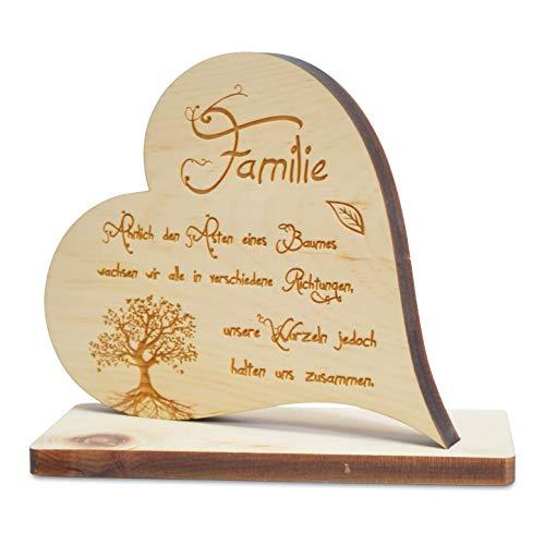 sagl.tirol Zirbenherz auf Sockel mit Familie Spruch und Baum des Lebens Gravur