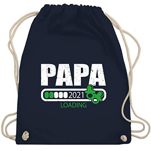 Shirtracer Vatertagsgeschenk Papa - Papa loading 2021 mit Schnullern - weiß/grün - Unisize - Navy Blau - Statement - WM110 - Turnbeutel und Stoffbeutel aus Baumwolle