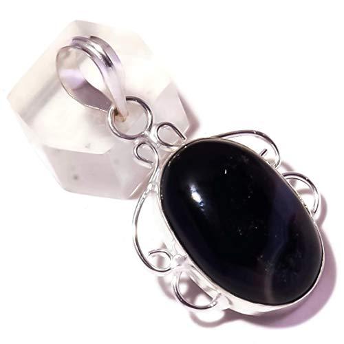 Jewels House Colgante de cabujón de media noche de ónix negro ovalado chapado en plata hecho a mano