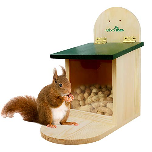 MIXXIDEA Wooden Squirrel Feeder Box Squirrel Feeding House with Green Cover, Easy to Fill, Durable with Solid Structure, Easy to Clean with Removable Front Panel, Squirrel Feeders for Outside, Garden