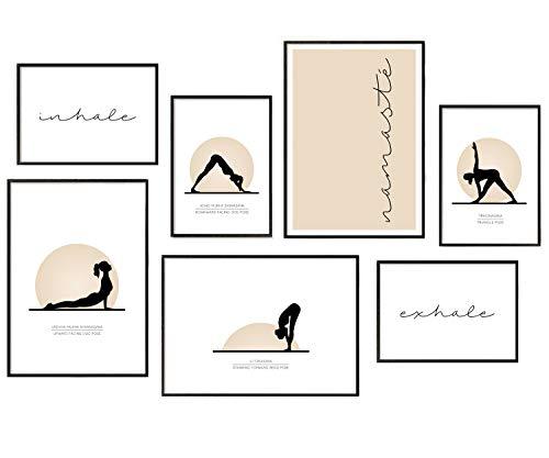 Hyggelig Home Juego de pósteres prémium – 7 imágenes a juego en elegante juego como decoración de salón – Collage pared cuadro dormitorio pasillo – 3 x DIN A3 + 4 x DIN A4 – Set yoga – sin marco