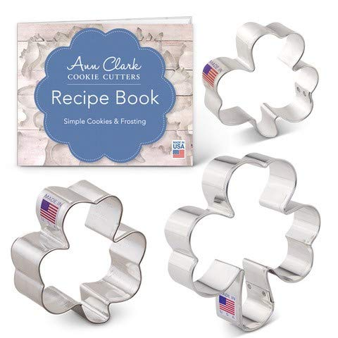 Ann Clark Cookie Cutters 3-Piece Shamrock Cookie Cutter Set with Recipe Booklet, Mini, Medium and Large Shamrock