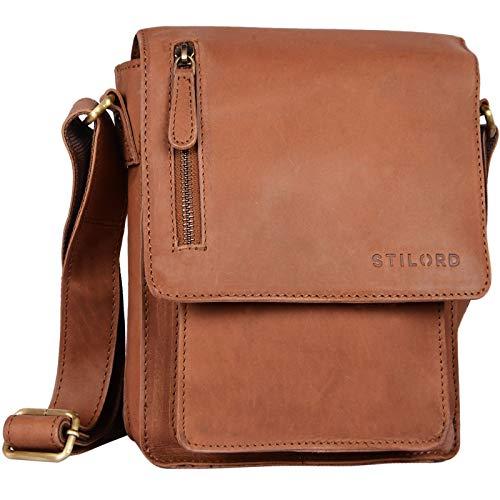 STILORD 'Finn' kleine Umhängetasche Herren Schultertasche Vintage Messenger Bag 8,4 Zoll Tablettasche echtes Büffel-Leder, Farbe:Sattel-braun