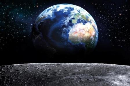 GREAT ART Fototapete – Planet Erde – Wandbild Dekoration Welt Earth Mond Galaxy Universum All Cosmos Space Weltkugel Sterne Moon Weltall Orbit Foto-Tapete Wandtapete (210 x 140 cm)