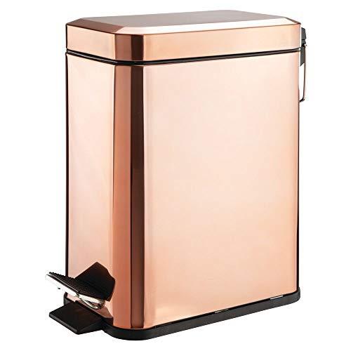 mDesign rechteckiger Tretmülleimer mit 5 L Kapazität – kompakter Mülleimer mit Inneneimer für Bad, Schlafzimmer oder Büro – moderner Papierkorb aus Metall und Kunststoff – rotgold