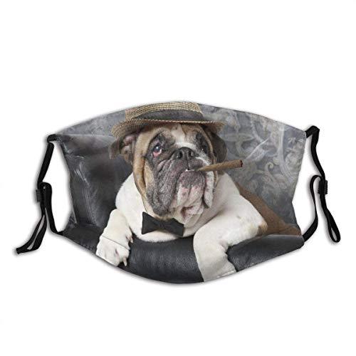 Gesicht Mas-Ke Porträt der englischen Bulldogge, die in einem schwarzen Ledersessel mit Einer wiederverwendbaren Zigarren-Sturmhaube Unisex Bandanas ruht