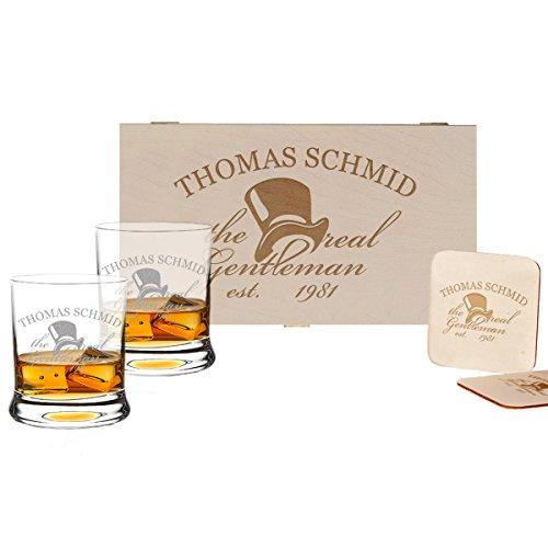 polar-effekt 5-TLG Whisky Geschenk-Set - 2 Leonardo Whiskygläser, 2 Untersetzer in Holzbox - Individueles Geschenkidee für Männer - Personalisiert mit Gravur - a Gentleman