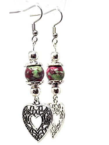 Pendientes de perlas de jade para mujer teñidos en rojo y verde con colgante de filigrana en forma de corazón