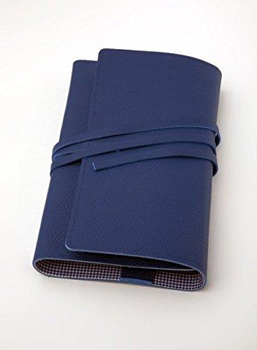 LITERAturtasche L blau | Buchhülle aus Leder: Variable Buchhülle aus genarbtem Leder für Bücher bis 24 cm Höhe. Innenfutter blau-vichy
