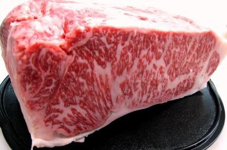 松阪牛 特産等級 サーロイン ブロック 1kg 松坂牛 ステーキ クール冷蔵便 5/10以降のお届けは真空パック急速冷凍です