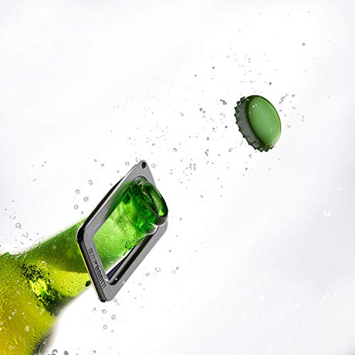 Aves-24 CAPBOOM der Flaschenöffner mit dem Boom Effekt Kapselheber für Flaschen Schlüsselanhänger Kronkorkenöffner Bierflaschenöffner Metall Silber Barkeeper klein Karaval
