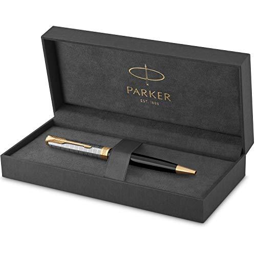 PARKER Sonnet Bolígrafo | Premium metal y lacado brillo negro con acabado chapado en oro | Punta mediana con recarga de tinta negra | Caja de regalo