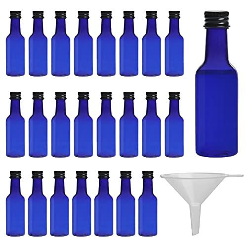Belle Vous Botellas de Licor Miniatura Azules (Pack de 24) Botella Reutilizable de Plástico 50 ml Vacías - Tapa Negra de Rosca y Embudo Verter y Llenar – Mini Botellas Licor, Bodas y Fiestas