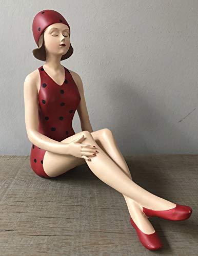 Wohnideen Kupke Deko Badefigur 22x20cm elegant sitzend mit überschlagenen Beinen in rotem Badeanzug mit schwarzen Punkten Retro Stil der 50er 60er Jahre