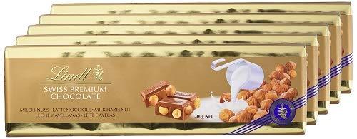 Lindt Alpenvollmilch Nuss Tafel, ganze geröstete Haselnüsse in feinster Alpenvollmilch Chocolade, 5er-Pack (5 x 300g)