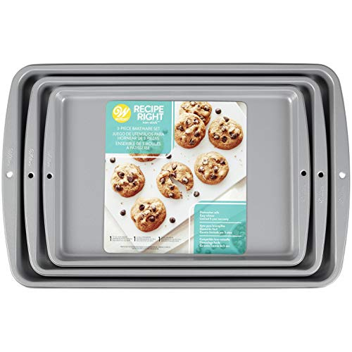 Wilton Recipe Right 3 Piece Cookie Pan Set, Standard Packaging