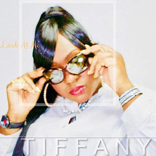 Tiffany Roberts