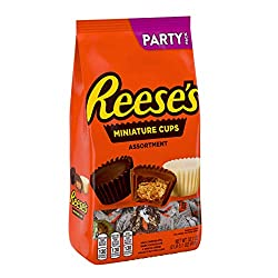 Reese's Miniature Peanut Butter Cups Candy Assortment Party Pack, 32.1 Oz