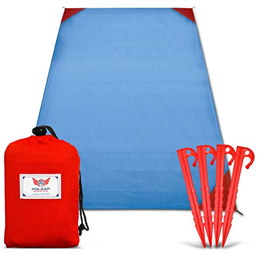 polaar XL Outdoor-, Picknickdecke und Stranddecke, Wasserdicht, Ultraleicht, 200 cm x 150 cm, in blau/rot, mit Heringen - Ideal für Reisen und Camping