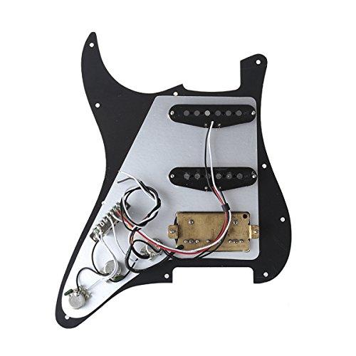Musiclily Pro Loaded 11 Agujeros SSH Pickguard Golpeador con Set de Alnico 5 Pastillas Precableado para Guitarra Eléctrica Estilo Strat,3 capas Negro