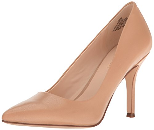 NINE WEST Women's Flax Pointed Toe Dress Pump, Light Natural, 9.5