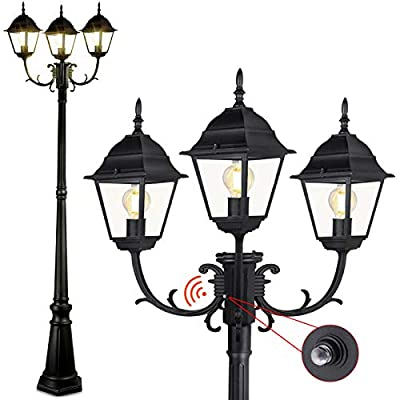 CINOTON Dusk to Dawn Outdoor Lamp Post Light, Waterproof Outdoor Street Light with Photocell Sensor Triple-Head Post Lighting for Backyard, Garden|Black Light Pole with Clear Glass Panels